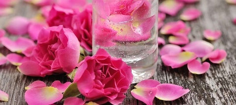 Гель для умывания Роза (100% экстракт), 150 мл, Dabur DermoViva