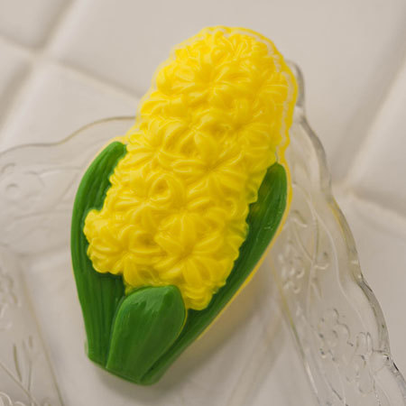 Пластиковая форма Гиацинт. Пример готового мыла