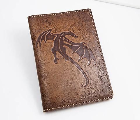 Кожаная обложка на паспорт с драконом