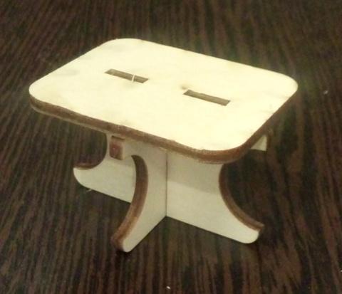 Столик малый квадратный