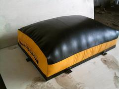 Подушка настенная 50-75-20см, натуральная кожа.
