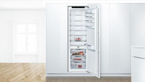 Встраиваемый однокамерный холодильник Bosch KIF81PD20R
