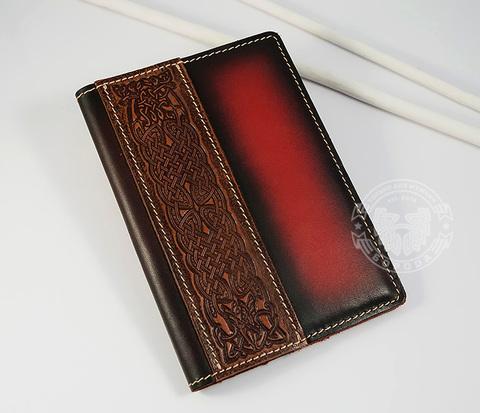 BY14-35-01-r Кожаная обложка на паспорт с кельтским узором &#34Собаки&#34 (красная)