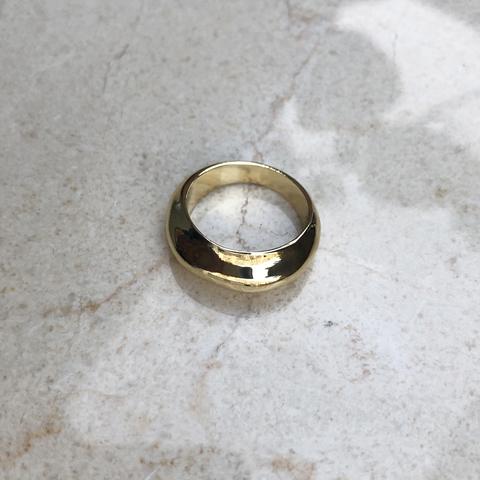 Кольцо неровной формы, позолота
