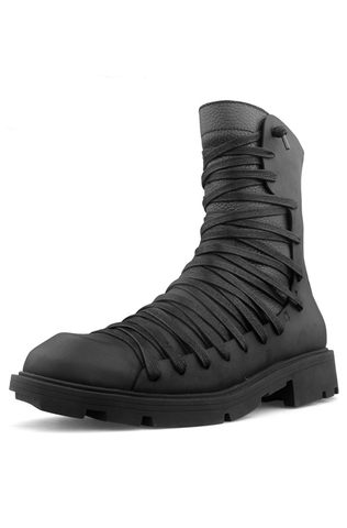 Высокие ботинки на шнуровке