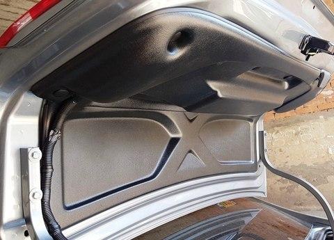 Облицовка крышки багажника полная Лада Веста (седан)