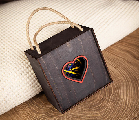 Крупная коробка ко Дню святого Валентина