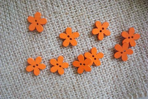 Деревянные пуговки-цветочки, оранжевый