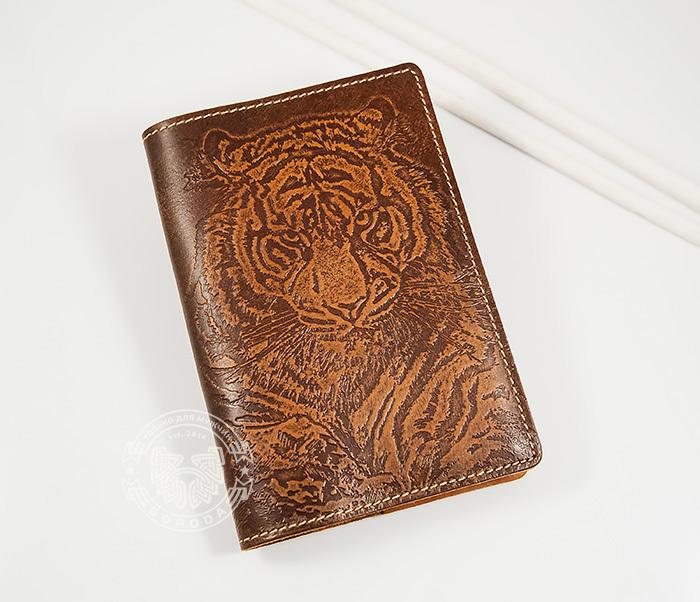 Оригинальная обложка на паспорт с тигром, тиснение