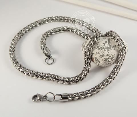 PM235-1 Стильная мужская цепь серебристого цвета из ювелирной стали (58 см)