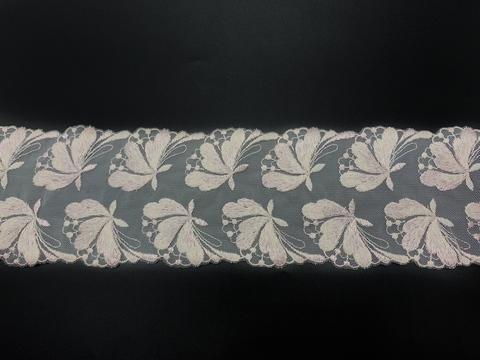 Вышивка на сетке нежно-розовый/пудра 10 см