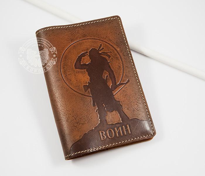 BY14-02-06 Оригинальная обложка на паспорт «Воин», натуральная кожа
