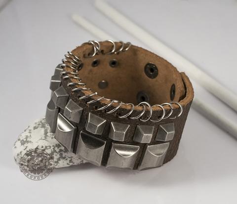 BL364 Оригинальный кожаный браслет с металлическими шипами (19-21 см)