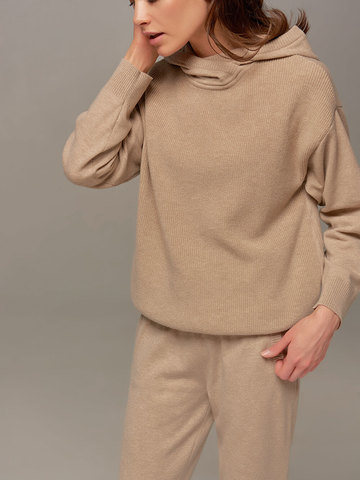 Женский джемпер бежевого цвета с капюшоном - фото 4