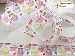 Лента репсовая цветные кексы с вишенкой на белом 25 мм № 2