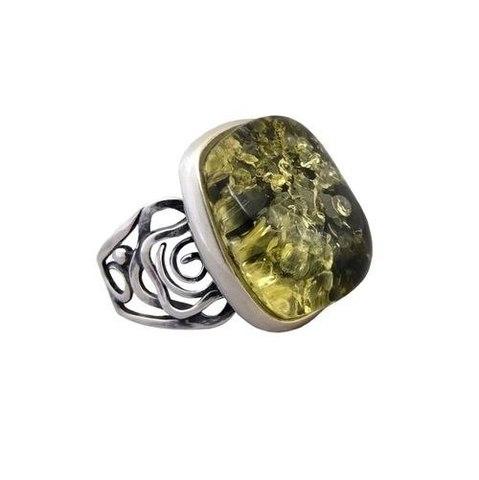 серебряное кольцо с зелёным янтарем