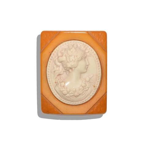 Камея с бакелитом