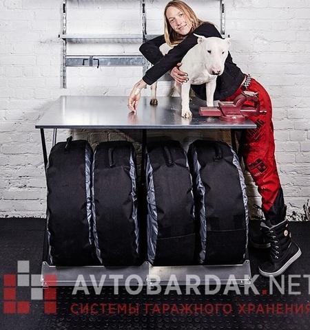 ПВХ пол для гаража 2300 х 1650 мм (пандус с 3 сторон). Набор из черных плиток.