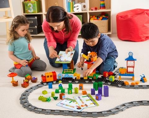 LEGO Education: Математический поезд Duplo 45008 — Math Train for Count and Basic Addition and Subtraction — Лего Дупло Эдукейшн Образование
