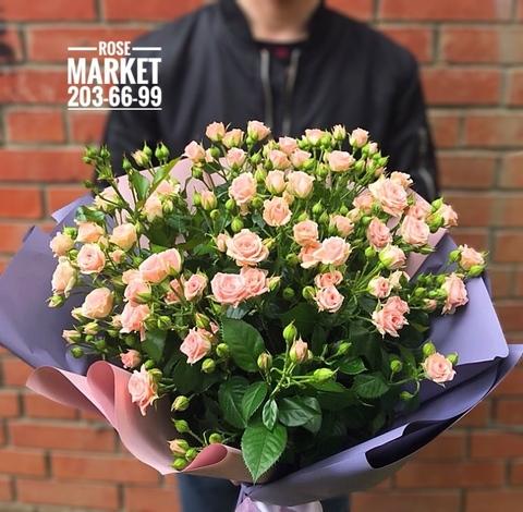 Букет из 15 кустовых роз #1928