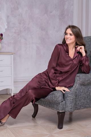Домашний женский комплект атласный из блузы и брюк