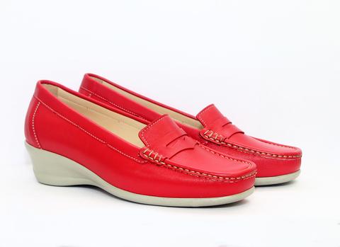 Туфли в спортивном стиле