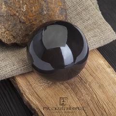 Шар из черного нефрита 38 мм.