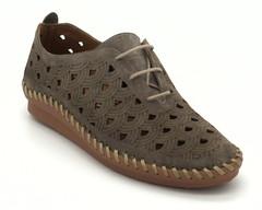 Коричневые кожаные туфли на шнуровке со сквозной перфорацией