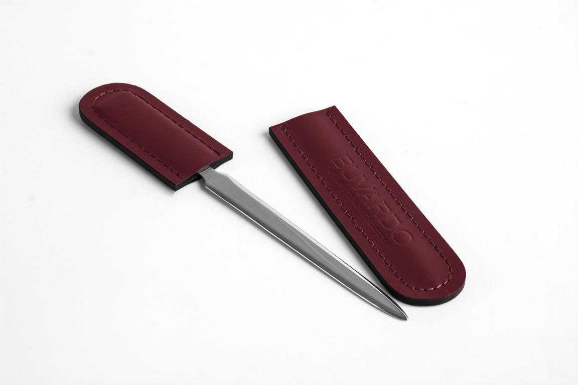 нож для бумаг в кожаном чехле бордовый