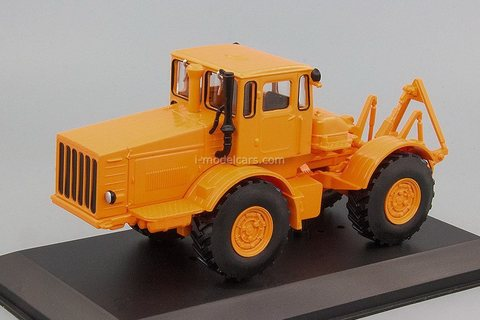 Tractor K-700 Kirovets orange 1:43 Hachette #120