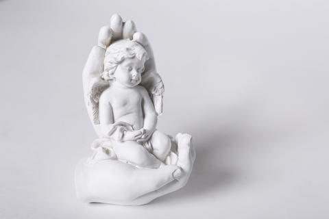 Декоративная статуэтка