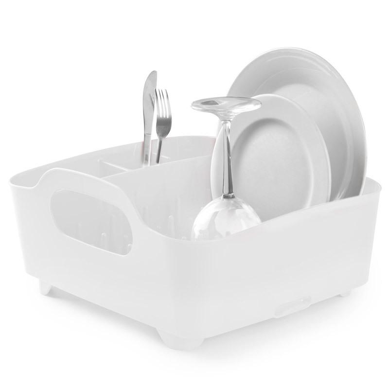 Сушилка для посуды Umbra tub белая 330590-660Сушилки для посуды<br>Компактный дизайн сушилки Tub создает огромное пространство для хранения и сушки посуды. Несколько отсеков, которые позволяют уместить приборы, чашки, тарелки и при этом они все будут на своем месте. А благодаря ножкам, вода не будет застаиваться под сушилкой, а это, согласитесь, очень важно!<br>
