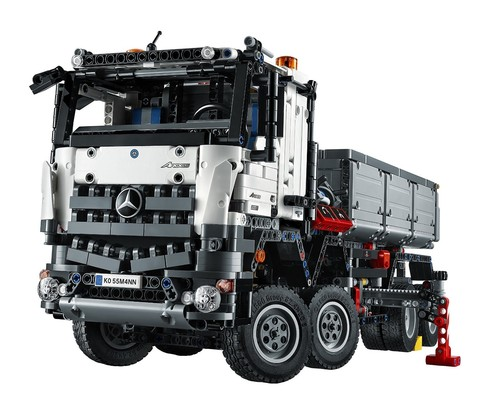 LEGO Technic: Mercedes-Benz Arocs 3246 42043 — Мерседес-Бенц Арокс — Лего Техника
