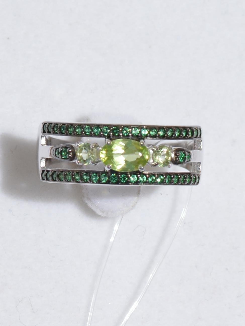 Кольцо с хризолитами (кольцо из серебра).