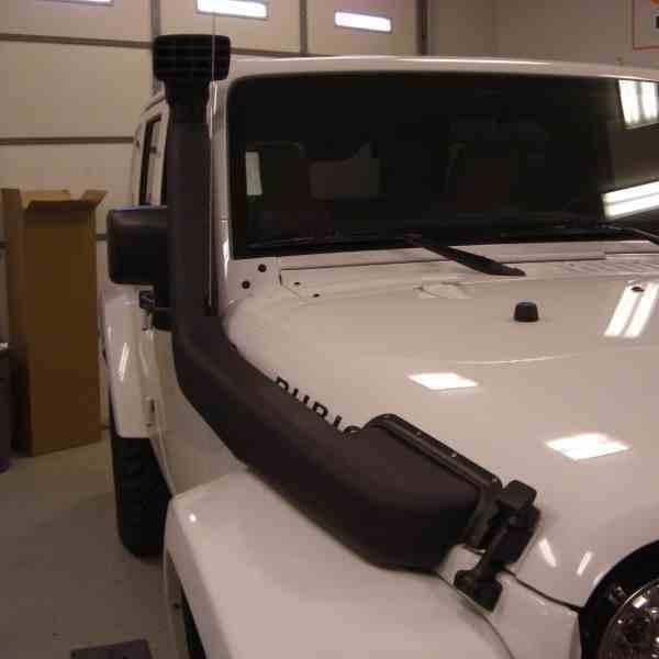 Установка шноркеля на Jeep Wrangler фото-1