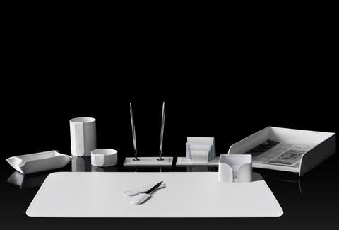 Настольный канцелярский набор 9 предметов из кожи цвет белый