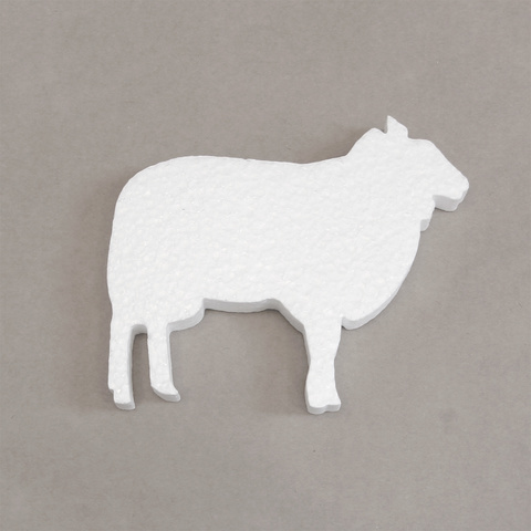 Овца из пенопласта