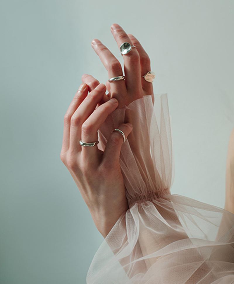 Серебряное кольцо Галька