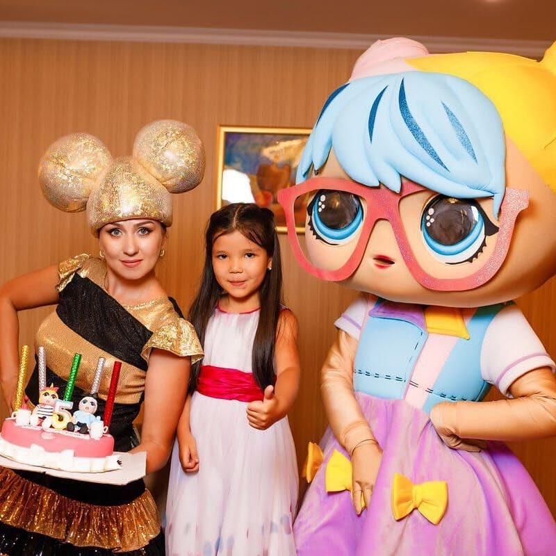 ростовая Лол и кукла Лол Пчелка аниматоры Алматы