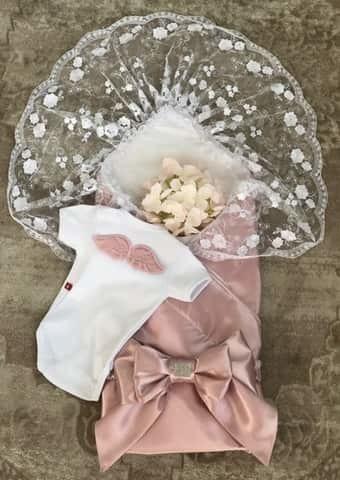 Комплект на выписку из роддома Ангел розовый