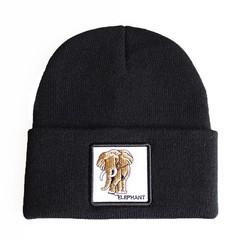 Вязаная шапка с принтом (эмблемой) Слона черная