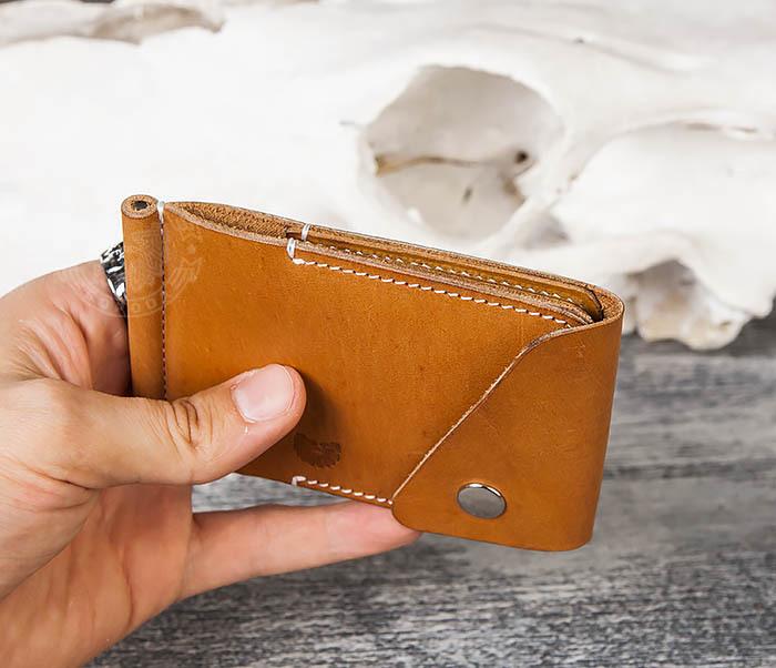 WB165-2 Тонкий кожаный зажим для купюр ручной работы фото 08