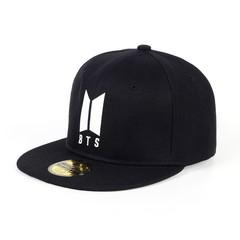 Кепка с логотипом BTS (Бейсболка БТС) черная 01