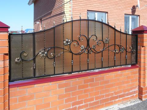 Кованый забор с поликарбонатом N-6