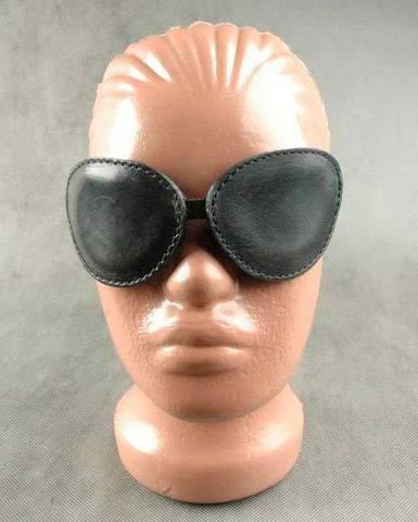 БДСМ очки