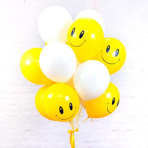 Букет из 7 белых шаров и 8 желтых шаров Смайликов