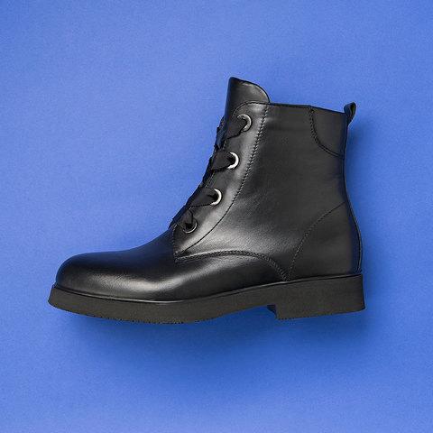 Женские черные  ботинки на байке