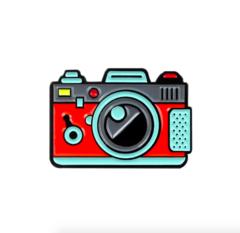 Пин «Фотоаппарат» (красный)