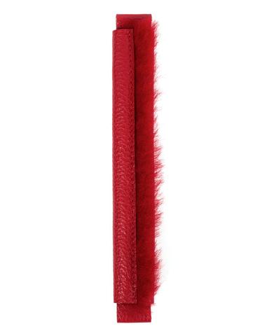 Сменная ручка красного цвета из зернистой кожи и меха