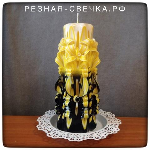 Резная свеча Желто-черная v 1